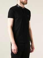 Black Round Neck Tshirt
