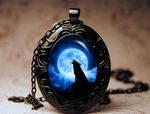 Cries of the Night Oval Necklace