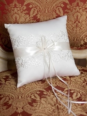 Beautiful Lace Trimmed Pillow for Ring Bearer