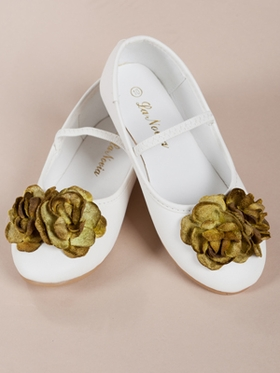 Gorgeous Olive Flowers  Accented Shoes