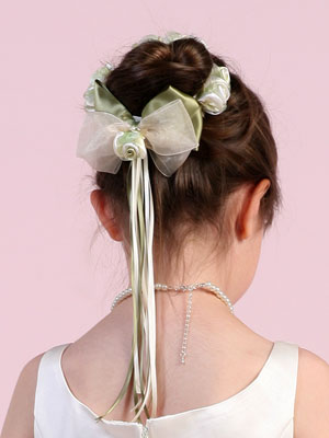 Hair bun wrap for flower girl