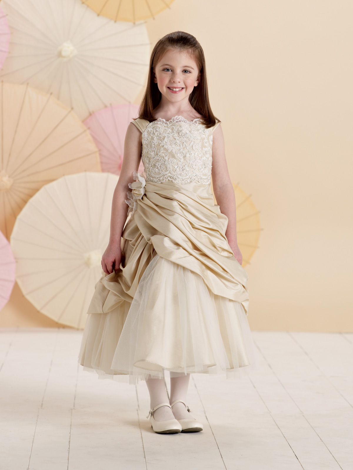 Sleeveless Lace and Tulle A-line dress Flower Girl Dress - Joan ...