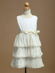 Stylish 3-Tiered Chiffon Flower Girl Dress with Contrast Ribbon Sash