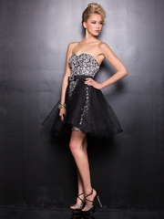 Sweetheart Sequin Party Dress with Short Tulle Train