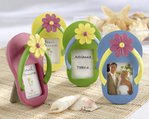 4d8bae126af6 How to Plan a Tropical Theme Bridal Shower