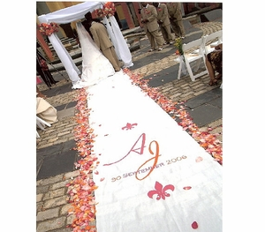 Where Should I Put the Design on my  Aisle Runner?