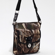 Realtree Camouflage Messenger Bag w/Twist Lock Closure Pocket - Black