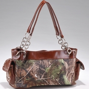 Realtree Camouflage Studded Shoulder Bag w/Chain Handles (52899B-BR)