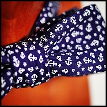 O&A x Sally Peek - Limited Editon Bow Tie - Navy Anchors