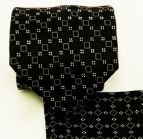 Black and White Necktie and Pocket Square Set (Q580-H)