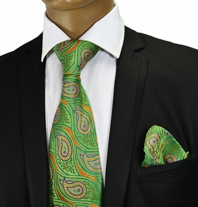 Green Silk Tie and Pocket Square by Verse 9 . Big Knot