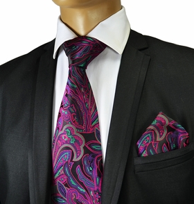 Necktie and Pocket Square by Verse 9 . 100% Silk