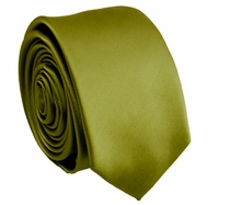 Solid Forest Green SLIM Necktie . 2.25' wide (Q3000-DD)