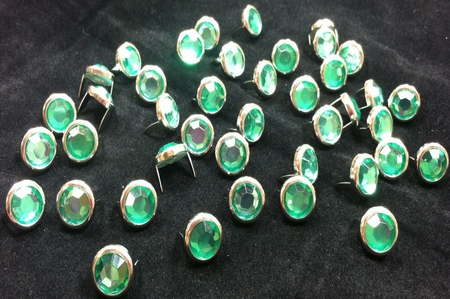 T2345-2P Green  1/2 inches 12.7mm Synthetic Crystal Gem Round Spots 10/pk