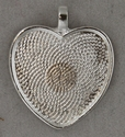 """Heart Shape Picture Holder 1"""" Wide"""
