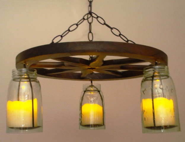how to make a wagon wheel chandelier with mason jars