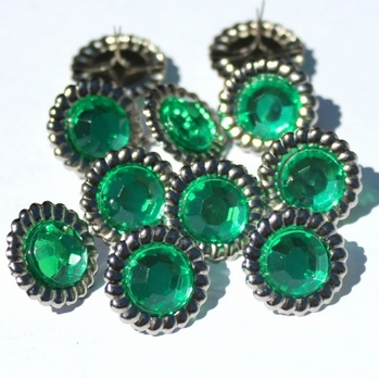 14mm Scalloped Brads - Green