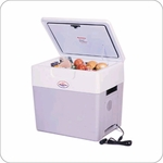 Koolatron P85 Krusader 12 Volt 52 Quart 86 Can Thermoelectric Cooler / Warmer