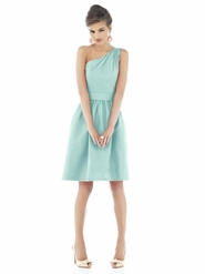 Alfred Sung Bridesmaid Dresses: Alfred Sung D528