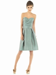 Alfred Sung Bridesmaid Dresses: Alfred Sung D538