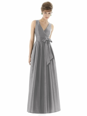 Alfred Sung Bridesmaid Dresses: Alfred Sung D667