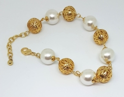 "1-0664-1-f6 18kt Brazilian Gold Layered Pearl and Filagree Balls Bracelet. 8"" to 9.5"" adjustable length."