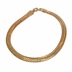 "1-0841-f1 Gold Layered Alternative Cuban link Bracelet, 8"" length, 5.5mm wide,"