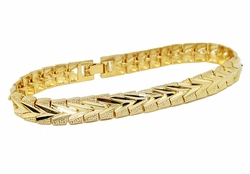 "1-0942-g1 18kt Brazilian Gold Layered Fancy Broad Diamond Cut Bracelet.8mm wide, 7-3/4"" length"
