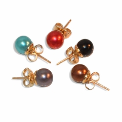 1-1023-e9 Gold Plated Colored Pearl Knob earrings. 8mm.