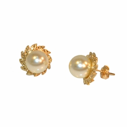 1-1029-e12 Gold Layered 10mm Pearls Earrings with 14mm base.