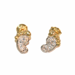 1-1144-e12 Gold Layered Two Tone Feet Stud Earrings. 9mm.