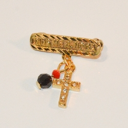 """1-2301-e7 Dios Me Bendiga Pin. Gold Plated Pin with Cross and Azabache. 1"""""""