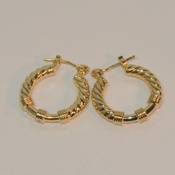 1-2549-e6 Gold Plated Hoop with twists 20mm