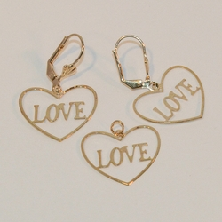 1-6062-e6 Heart Love Earring and Pendant Set. 22mm pendant.