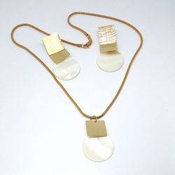 1-6078-f5 Gold Layered Mother of Pearl Set