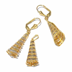 1-6081-f2 18kt Brazilian Gold Layered Two Tone Cone Shaped Earring and Pendant Set.