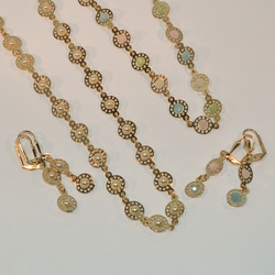 "1-6119-e6 Discs Necklace and Earrings Set (Available in pearl and multicolor, 19"" and 28"")"