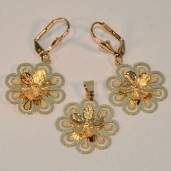 1-6124-e6 Flower Earring and Pendant Set 22mm