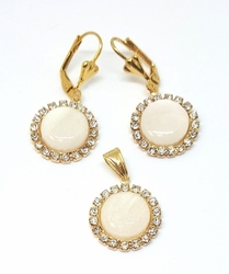 1-6163-f5 18kt Brazilian Gold Layered Round White Set with Crystal Accesnts