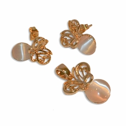 "1-6318-e10 Gold Plated Earring and Pendant Butterfly Set with Cat Eye Stone. 1"" pendant, 10mm earrings."