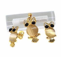 1-6340-f9 18kt Brazilian Gold Layered Owl (Buo) Earring and Pendant Set with Cat Eye Center. Pendant 1.25 inch, earrings 1 inch.