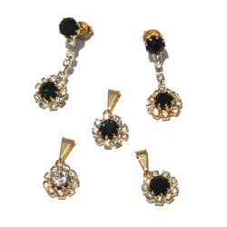 1-6341-f4 18kt Brazilian Gold Layered Elegant Earring and Pendant Set with Studded Crystals.