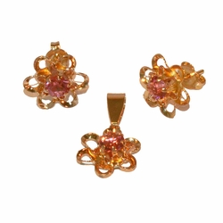 1-6362-e11 Gold Plated Pink Flower Earring and Pendant Set. 11mm.