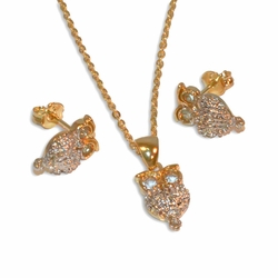 "1-6377-e10 Gold Plated  Two Tone Owl Earring  Necklace and Pendant Set. 18"" necklace, 8x15mm owls."