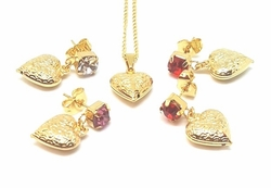 1-6402-f5 18kt Brazilian Gold Layered Heart Set with Stones