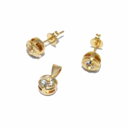 1-6485-f2 18kt Brazilian Gold Layered Earring and Pendant Crystal Stud Set.