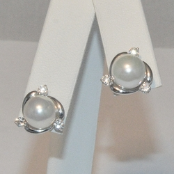 2-3412-e5 Sterling Pearl Studs with CZ Accents