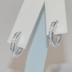 2-4244-e5 Sterling CZ Jordan Huggie Hoop Earrings