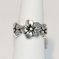 2-5031-e4 Sterling Flowers Rings