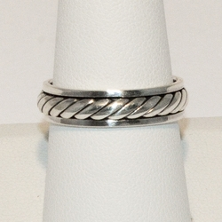 2-5035-e4 Ladies Spinner Ring Band